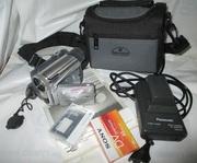 Продам б/у цифровую видеокамеру Panasonic NV-GS11